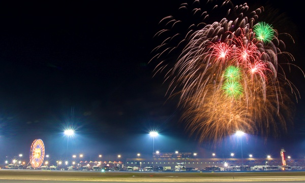 06_Fireworks